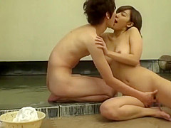 Craziest Japanese girl in New JAV clip, check it