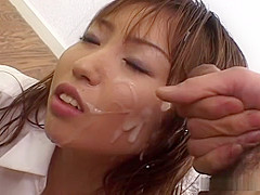 Natsumi Hirosawa gives blowjob and gets cum facial