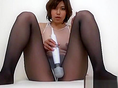 Japanese pantyhose and leotard handjob