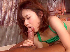 Yura Kurokawa makes maigc on cock in har - More at Japanesem
