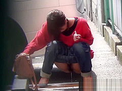 Japanese teen hos pissing