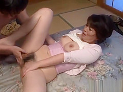 Japanese mom Beni Itou gets her hairy snatch licked and fucked hard