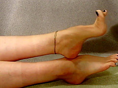 Asian girl's toes (anklet, blue toes)