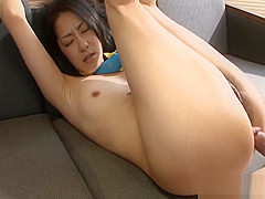 Asian whore loves to ride the dude's hot cock