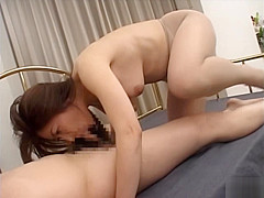 Mature Japanese chick likes sex
