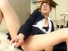 Delicious head from sweet and sensual teacher