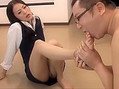 OFFICE JAPANESE LADY SUCKS EMPLOYEE'_S COCK | PART 2 | CANDIDPORN.COM