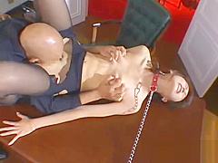 Secretary With Collar Dominated By Her Boss Licked Fingered Spanked On The Desk In The Workroo