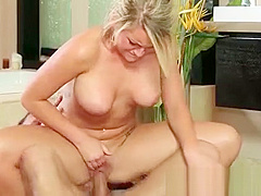 Japanese Babe Gives Slippery Nuru Massage And Suck Dick 07