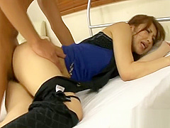 Asian babes tantalizing blowbang