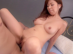 Blow Job Scenes With A Busty Wife