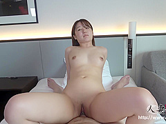h0930tk0022 Slender Breasts Married Woman 28 Years Old