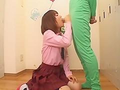 Exotic Japanese model Asuka Inoue in Fabulous College/Gakuseifuku, Blowjob/Fera JAV clip